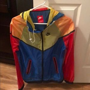 1995a006886b Nike Jackets   Coats - Nike multicolored windbreaker.